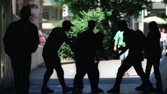 Die Jugendanwaltschaft kann eine positive Bilanz ziehen, obwohl die Arbeit mit straffälligen Jugendlichen schwieriger geworden ist. (Symbolbild)