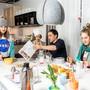 Familie Lochers einzigartiges Hobby: Zum Spielen ins Modellzimmer von Ikea.