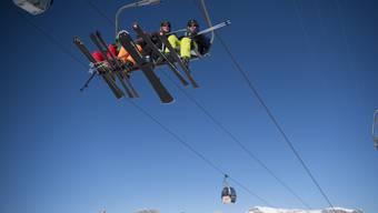 Bald heisst es wieder Ski anschnallen und Wollmütze aufsetzen - etwa im Skigebiet Flumserberg. (Archiv)
