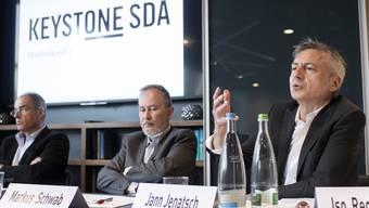«Ein weiterer Abbau ist derzeit kein Thema»: CEO Markus Schwab (links) und Geschäftsleitungsmitglied Jann Jenatsch an einer Pressekonferenz am Dienstag.