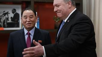 US-Aussenminister Mike Pompeo (r.) hat den nordkoreanischen Chefunterhändler Kim Yong Chol in Washington empfangen.