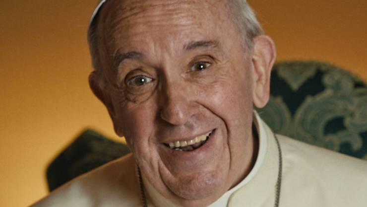 """Gegen die Urzeit-Dinosaurier aus """"Jurassic World: Fallen Kingdom"""" zieht der Papst - zumindest im Kino - den kürzeren. Immerhin vermochte sich Wim Wenders Film über den Heiligen Vater in allen Landesteilen in den Top Five zu platzieren. (Szenebild aus """"Pope Francis: A Man of His Word"""")"""