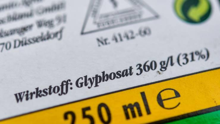 Ist Glyphosat schädlich? Die Frage scheidet die Gemüter (Archivbild).