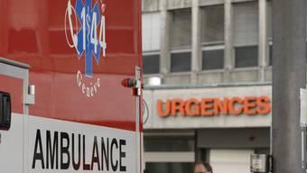 Ambulanz auf dem Weg in die Notfallstation in Genf (Symbolbild)