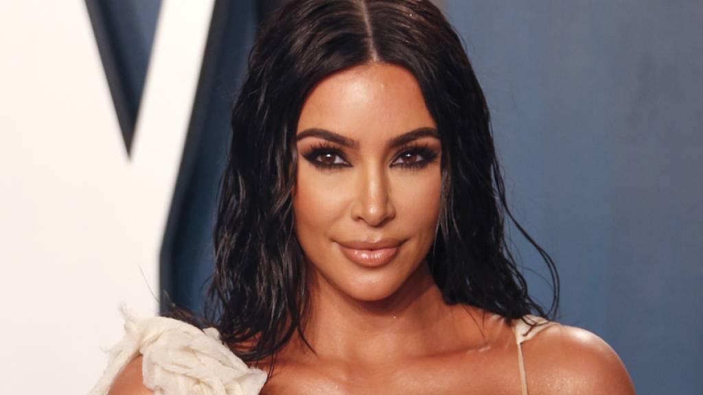 Kim Kardashian kann die breite Bevölkerung nicht überzeugen, die Corona-Massnahme «Abstandhalten» mit ihrem Umfeld zu teilen. Darauf deutet eine Lausanner Studie mit Menschen aus sechs Ländern hin. (Archivbild)