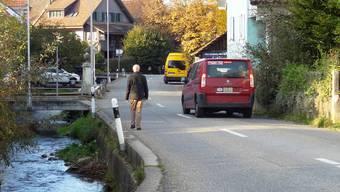 Die Wintersingerstrasse in Magden soll ausgebaut werden. Die Gemeindeversammlung befindet über den Verpflichtungskredit.Chr/Archiv