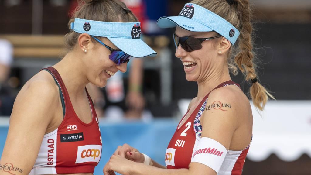 Tanja Hüberli und Nina Betschart haben derzeit gut lachen: In Ostrava stehen sie schon wieder in den Viertelfinals (Archivbild)