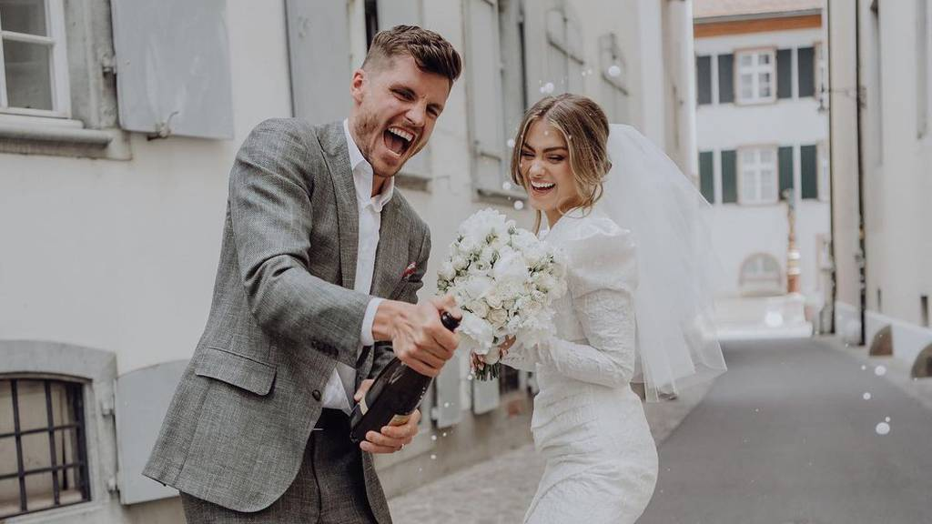 FCL-Kicker Pascal Schürpf heiratet seine Jennifer