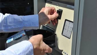 Unterschiedliche Tarife: Wer sein Auto im Fricktal auf einem gebührenpflichtigen Parkplatz abstellt, zahlt zwischen Fr. 0.50 und 2.50 pro Stunde.