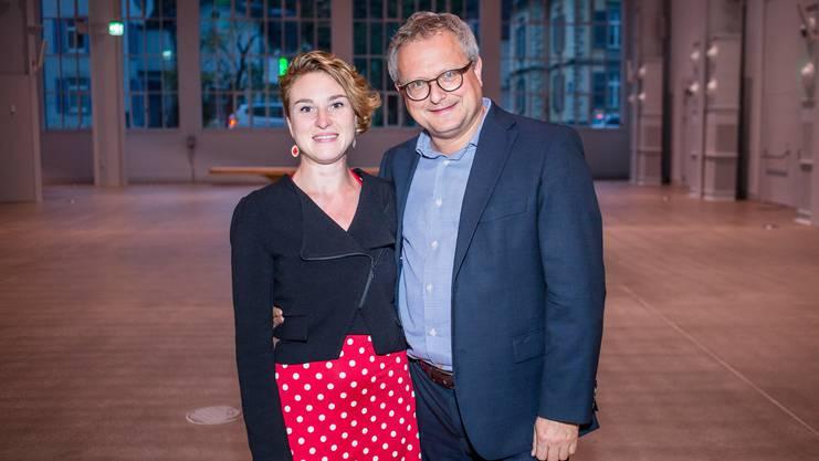 """Grüne-Politikerin Irène Kälin mit Partner Werner De Schepper, Chefredaktor der """"Schweizer Illustrierten""""."""