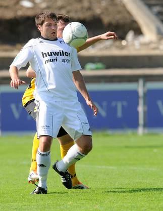 Muris Manuel Huebscher (vorne) bereitet das 2-0 vor