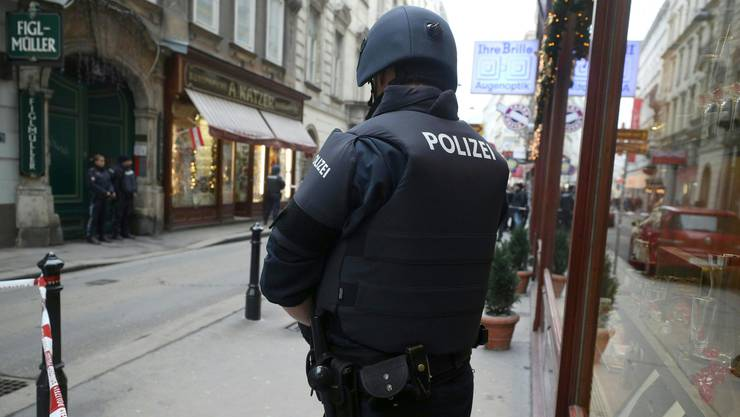 Das Areal rund um den Tatort wurde grossräumig abgesperrt.