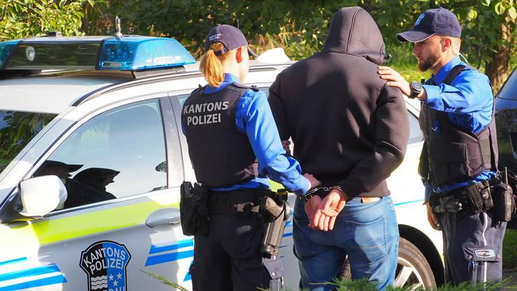 Ein 40-jähriger Spanier wurde festgenommen. (Symbolbild)