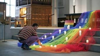 Trauer um die Opfer von Orlando