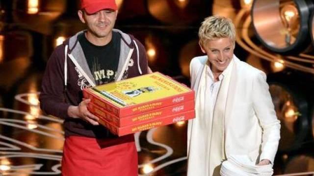 Edgar der Oscar-Pizzabote und Ellen DeGeneres (Twitter)