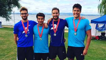 Die vier Basler Silbermedaillengewinner Maurin Lampart, Tolunay Akcay, Florian Botta und Nicola Debelic. (v. l. n. r.)
