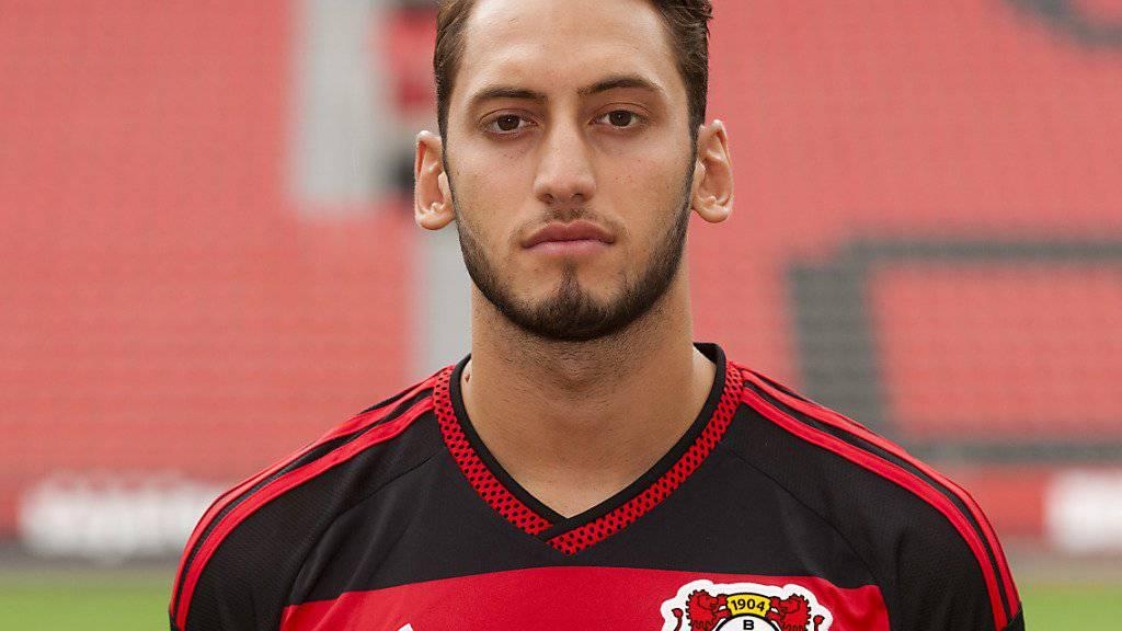 Hakan Calhanoglu wechselt von Leverkusen zu Milan