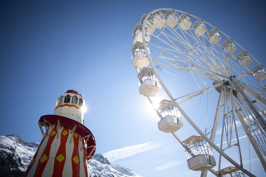 Chilbi bei indischer Hochzeit in St.Moritz (© Keystone)