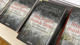 """In seinem Buch """"Jürg Jegges dunkle Seite"""" wirft Markus Zangger dem Pädagogen Jürg Jegge sexuellen Missbrauch vor."""