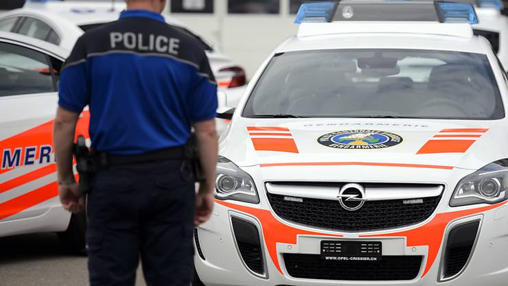 Die Waadtländer Polizei hat im Zusammenhang mit dem Tötungsdelikt in Yverdon-les-Bains zwei Verdächtige festgenommen. (Symbolbild)