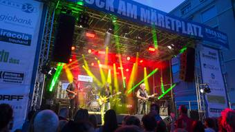 Rock auf dem Maretplatz Grenchen 2019 mit «Light Food and Horns».