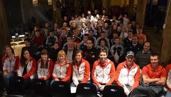 Die von der Stadt Brugg geehrten Einzelsportler und Mannschaften sind zufrieden mit der Premiere im Brugger Salzhaus.