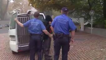 Mit dem Tod gedroht: Betrunken ist ein Tamile aus Suhr auf seine Ehefrau losgegangen. Jetzt hat ihn das Aargauer Obergericht zu fünf Jahren Gefängnis verurteilt.