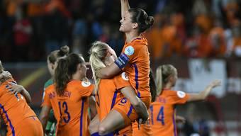 Die niederländische Nationalmannschaft mit Sherida Spitse kann erst 2022 seinen EM-Titel verteidigen