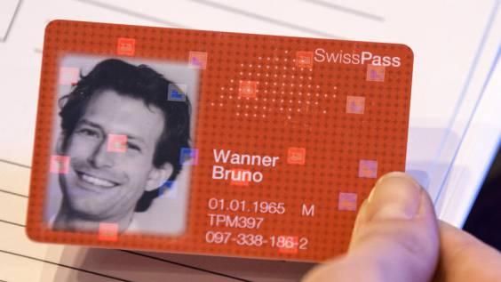 Der SwissPass ist eine Chipkarte