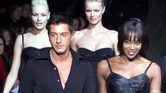 Gabbana und Campbell auf dem Laufsteg