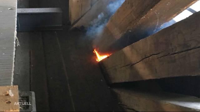 Holzbrücke in Olten brannte erneut