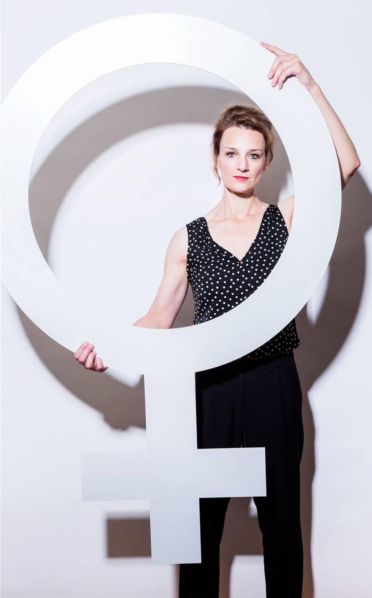 Die Geschlechterforscherin und Soziologin lehrt derzeit an der Technischen Universität in Berlin und promoviert an der Universität Basel. Daneben setzt sie sich für Gleichstellung ein.