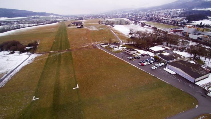 Ist nur mit Bewilligung möglich: ein Drohnenbild des Flugfelds Gheid.