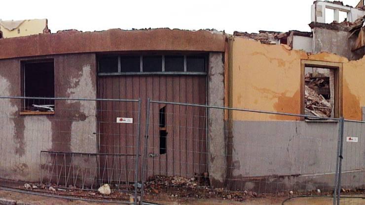Rundbogenportal in alter Mühle entdeckt