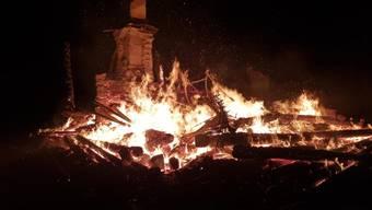 Die «Länzerthütte» brannte in der Nacht vom Sonntag lichterloh.