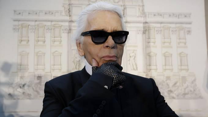 Modeschöpfer Karl Lagerfeld ist mit 85 Jahren gestorben