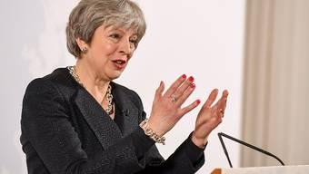 Die britische Premierministerin Theresa May hat in ihrer Rede am Freitag in London gesagt, ihr Land strebe so umfassende Beziehungen zur EU an wie möglich. Man werde aber nicht die Rechte Kanadas akzeptieren mit den Verpflichtungen Norwegens.