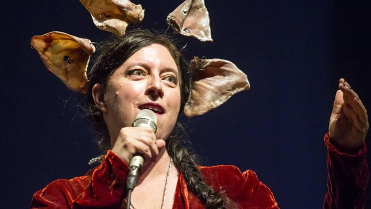 Die Schweiz-Amerikanerin Erika Stucky wird mit dem diesjährigen Grand Prix Musik ausgezeichnet. Das Bundesamt für Kultur würdigt die Sängerin und Performerin für ihren innovativen Umgang mit der Schweizer Volksmusik und dem Jazz. (Archivbild)