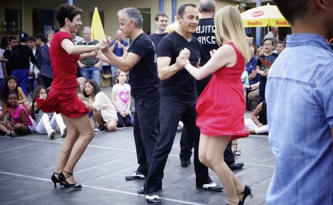 Die Darbietung der Tanzschule Garufa begeisterte.