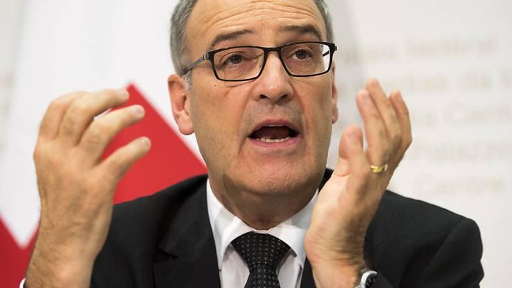 Verteidigungsminister Guy Parmelin ist zufrieden, dass der Nachrichtendienst mehr Kompetenzen erhält.