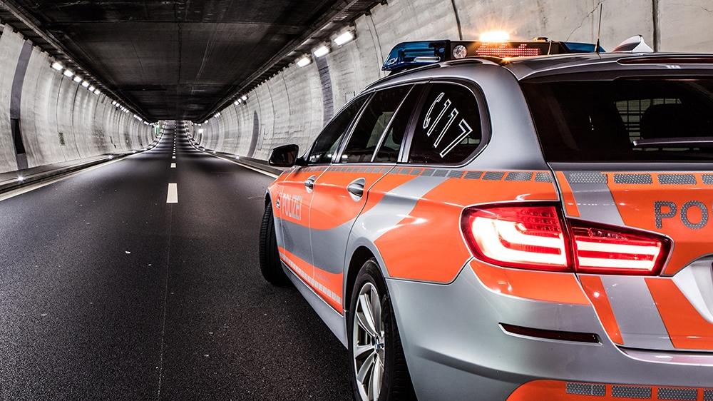 Töfffahrer verletzt sich bei Selbstunfall im Sachselntunnel schwer