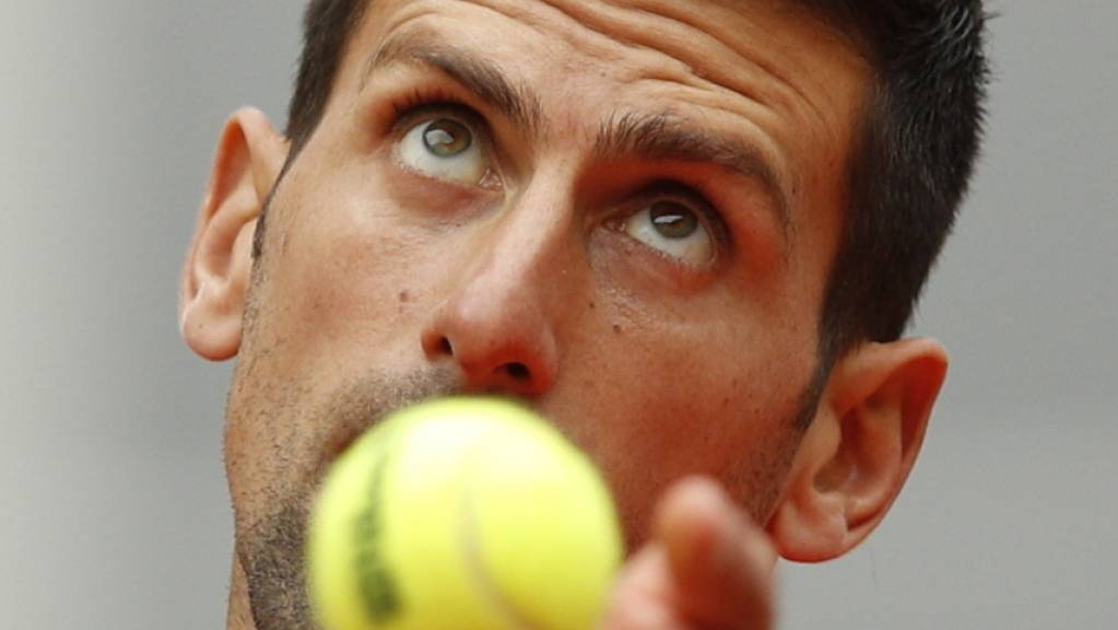 Den Ball perfekt im Fokus: Novak Djokovic geriet am French Open bislang noch nie in Bedrängnis.