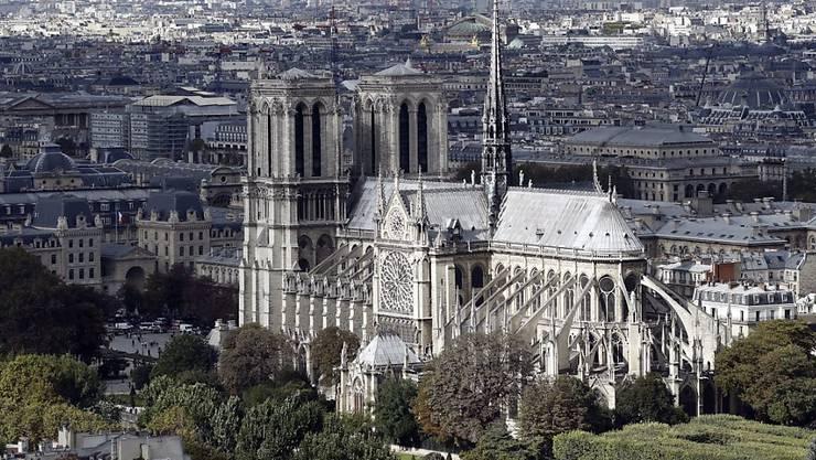 Die verurteilten Anhängerinnen der Terrormiliz IS planten den Behörden zufolge im September 2016 einen Anschlag nahe der Pariser Kathedrale Notre-Dame. (Archivbild)