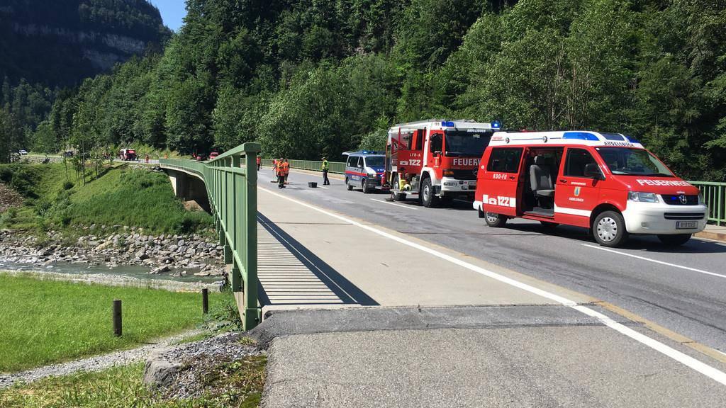 Schweizer Autofahrerin in schweren Unfall verwickelt