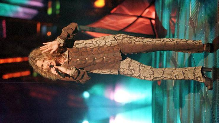 Das Outfit ist gewöhnungsbedürfitg. Und auch ihr Auftritt konnte nicht überzeugen. Barbara Berta landete 1997 auf dem 23. Platz