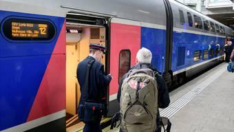 Derzeit fährt TGV Lyria zweimal täglich mit einem Doppelstöcker nach Paris (Foto). Ab 2020 sollen alle sechs täglichen TGV als Euroduplex verkehren.