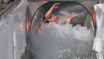 Tüv-Test Wasserrutschbahn Wohlen