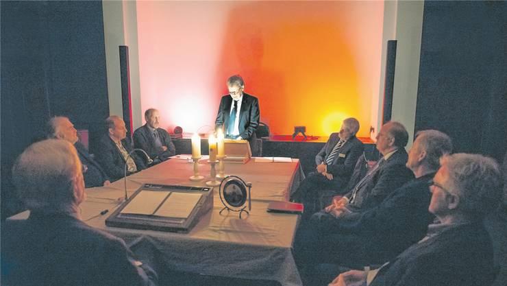 Kerzenlicht, Musik, tiefgründige Gespräche: Weltweit zählt der Druidenorden rund 50'000 Mitglieder; in der Schweiz sind es 200. Symbolbild