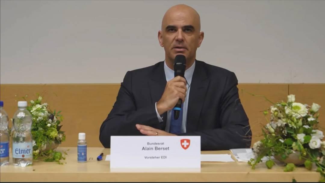 Gesundheitsminister Alain Berset: «Wir tun alles, damit der Bund nicht mehr eingreifen muss» (12.10.2020)
