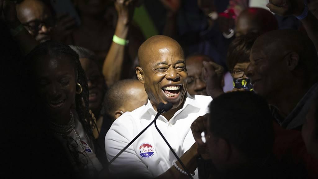 New-York-Wahl: Brooklyn-Präsident Adams sieht sich als Sieger